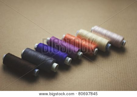 Palette of reels of threads