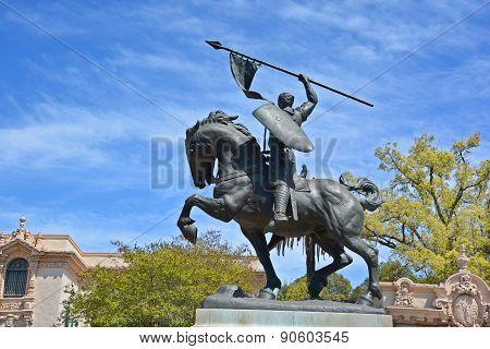 statue of Rodrigo Diaz de Vivar