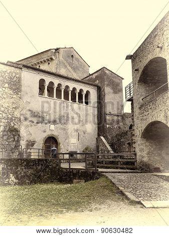 Malaspina Castle