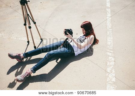 photographer shoot land lie up