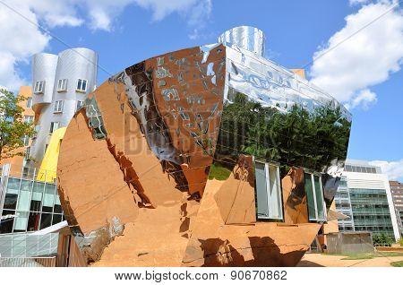 Stata Center of MIT, Boston, USA