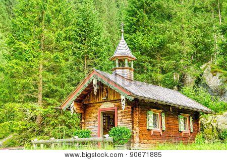 Mountain wooden chapel, Zillertal, Austria