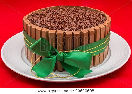 Chocolate cake with ribbon