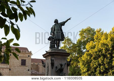 Columbus Statue and Cathedral at Colon Park in Santo Domingo, Dominican Republic