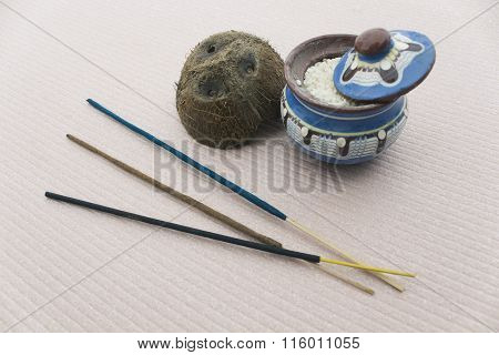 Various Incense Pot With Rice And Coconut Shell