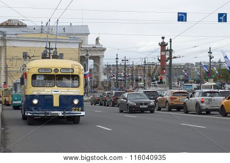 Vintage trolley MTB-82D goes on streets of St. Petersburg in a parade of vintage cars