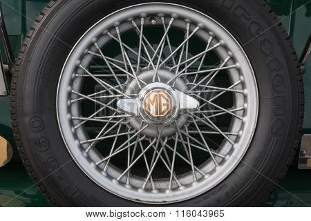Mg Retro Vintage Car Wheel Closeup