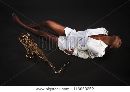 Beauty with Sax