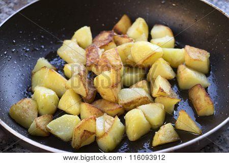 Crispy Fried Potatoes In Pan
