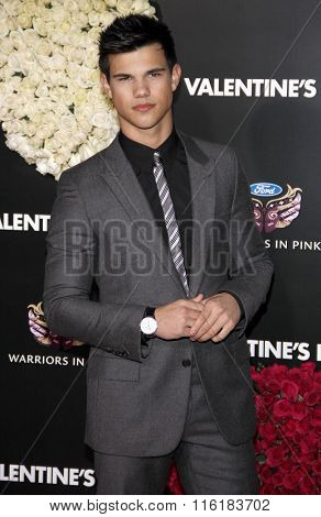 Taylor Lautner at the World Premiere of