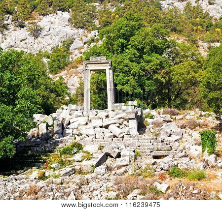 Anatolia Heritage Ruins   From The Hill In Asia Turkey Termessos Old Architecture And Nature