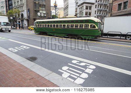 SAN FRANCISCO, CALIFORNIA - 2 SEPTEMBER 2014: Vintage Tram Cable Car On Streets Of San Francisco