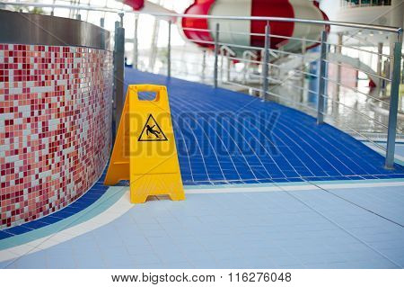 Warning Of Slippery Floors.