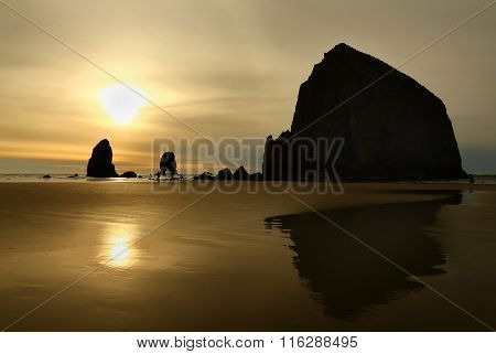 Sunset, Haystack Rock, Oregon, USA