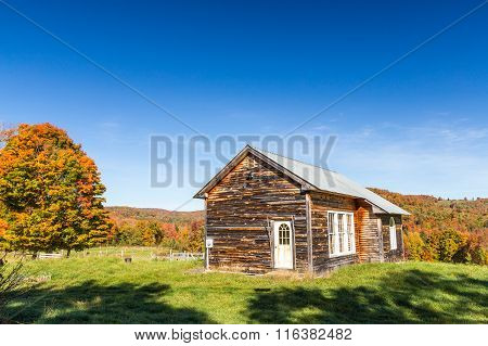 Autumn Color And Old Barn In Vermont Countryside.