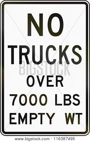 United States Mutcd Regulatory Road Sign - No Trucks Over 7000 Lbs