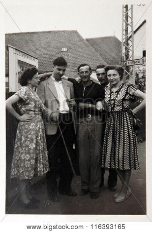 Vintage Photo: People Posing Outdoors