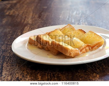 Buttered toast with sweetened condensed milk