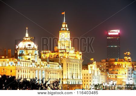 Shanghai Waitan district with historic buildings at night
