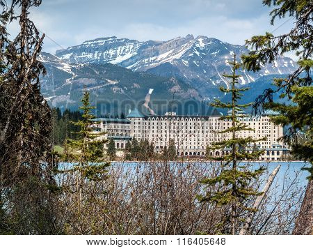 Chateau Lake Louise Hotel Close View