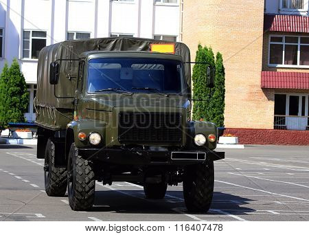 MOSCOW - JULY 12: New military all terrain truck for the transport of personnel    -  on July  12, 2014 in Moscow