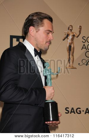 LOS ANGELES - JAN 30:  Leonaro DiCaprio at the 22nd Screen Actors Guild Awards at the Shrine Auditorium on January 30, 2016 in Los Angeles, CA