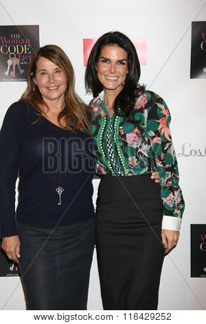 LOS ANGELES - JAN 29:  Lorraine Bracco, Angie Harmon at the An Evening with The Woman Code Event at the City Club on January 29, 2016 in Los Angeles, CA