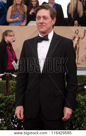 LOS ANGELES - JAN 30:  Kevin Rahm at the 22nd Screen Actors Guild Awards at the Shrine Auditorium on January 30, 2016 in Los Angeles, CA