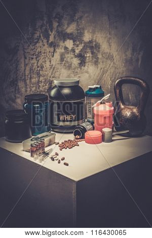Bodybuilding nutrition supplements and chemistry