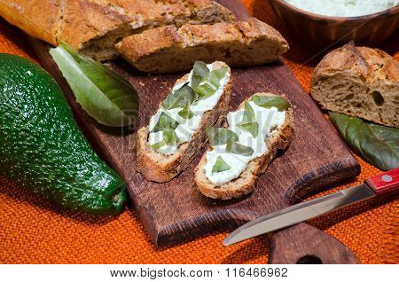 Sandwiches With Ricotta And Avocado And Lettuce