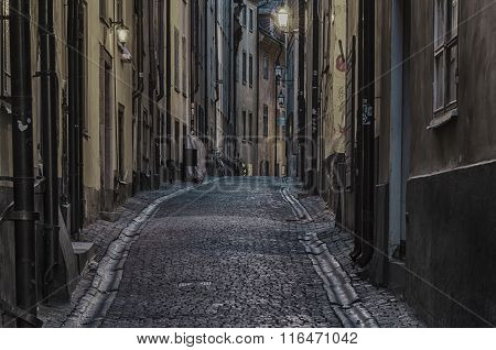 Gamla stan street at night