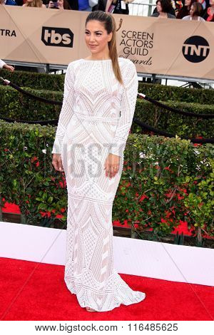 LOS ANGELES - JAN 30:  Liz Hernandez at the 22nd Screen Actors Guild Awards at the Shrine Auditorium on January 30, 2016 in Los Angeles, CA