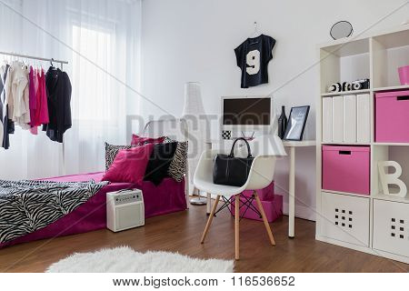 Girls Want To Have Fun And Room Like That