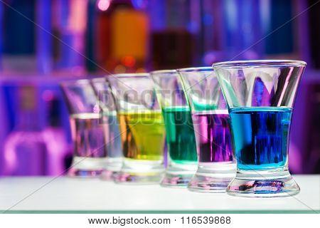 Color shoots perspective row in dark bar