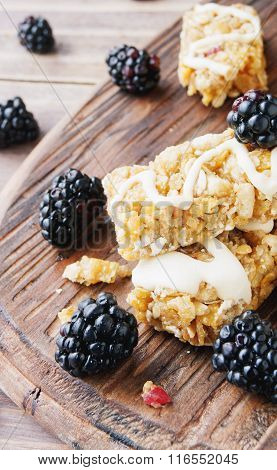 Cookies of cereals with fruit and berries