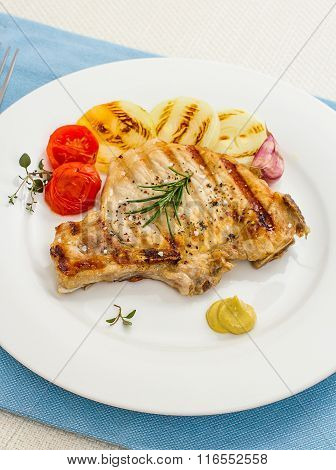 Juicy Grilled Pork Chop With Onion