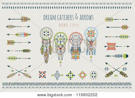 Set of arrows, dream catchers, Indian elements.