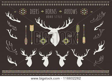 Rustic Antlers. Set silhouettes of rustic antler designs