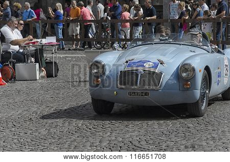 Vintage Car At The Start Of The Nuvolari Grand Prix