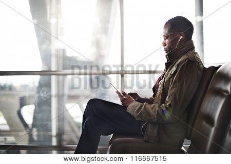 Internet Wireless Digital Device Waiting Teminal Concept