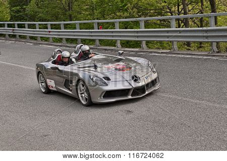 Supercar Mercedes-benz Slr Mclaren In Mille Miglia 2013