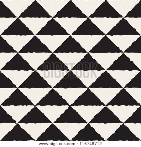 Vector Seamless Black And White Hand Painted Line Geometric Triangles Checker Pattern