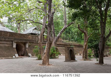Thai Temple, Tunnel In Wat Umong, Chiang Mai, Travel In Northern Thailand, Thailand