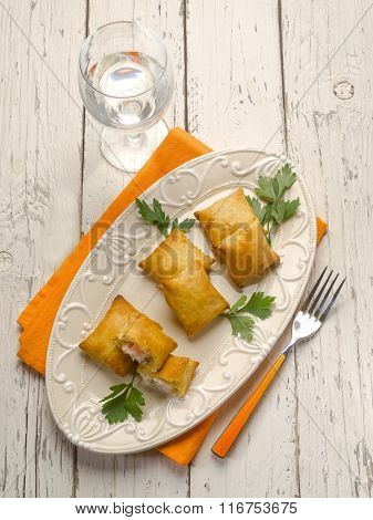 panzerotti with smoked salmon and cheese