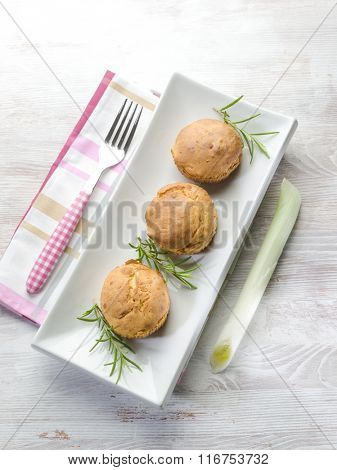 muffin with potatoes and leek