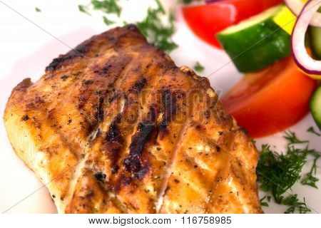 Delicious roasted chichen meat.