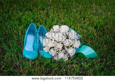 Turquoise Shoes Bride And White Wedding Bouquet On The Grass