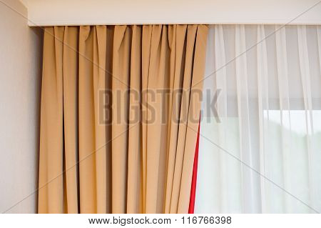 Light Curtains In The Bedroom