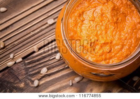 Sunflower seed and pepper paste