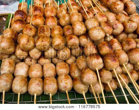 thai sausage cooking